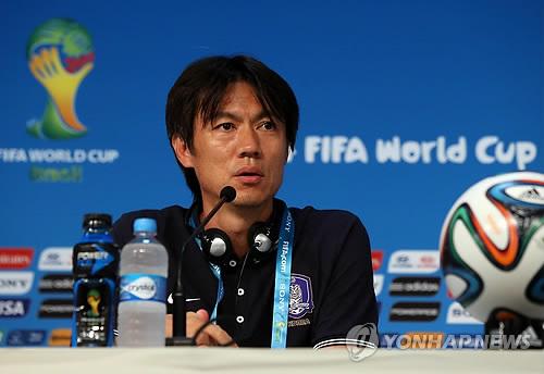韩国男足迎战俄罗斯 教练洪明甫强调不输球很重要