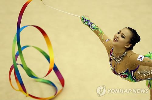 Jeux asiatiques : Son Yeon-jae dテゥterminテゥe テ� montrer sa grテ「ce et son talent
