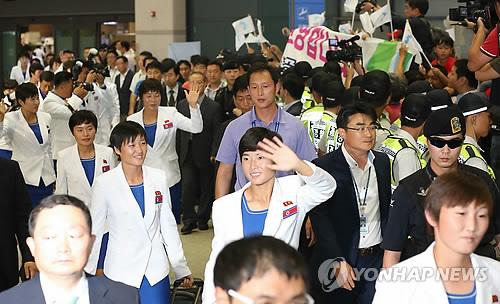 Jeux asiatiques : des membres de la dテゥlテゥgation nord-corテゥenne arrivent aujourd'hui テ� Incheon