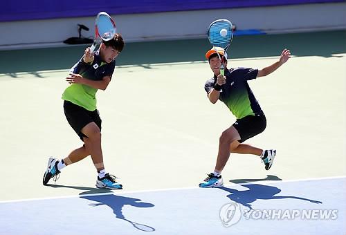 Jeux asiatiques : l'テゥquipe masculine de soft tennis remporte l'or
