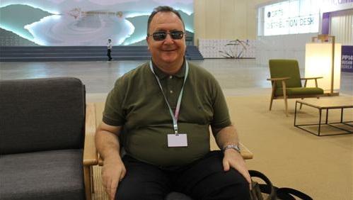 Un intérprete ciego aconseja tomar riesgos y hacerse visible