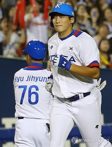 (Asiad) Sophomore slugger makes immediate impact on nat'l baseball team