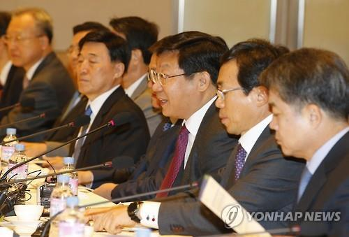 (2nd LD) Trade minister urges more investment to revive exports