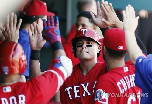 Rangers' Choo Shin-soo enjoys first 3-hit game of season