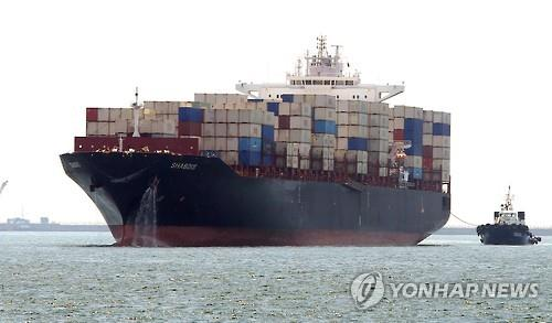 (LEAD) June's exports shrink 2.7 pct, the smallest rate of decline in a year