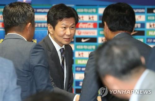 (LEAD) Chung Mong-gyu elected to 2nd term as football chief