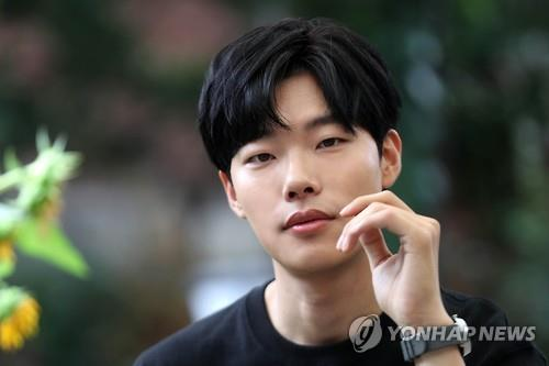 (Yonhap Interview) 'Reply 1988' actor in no rush to move on