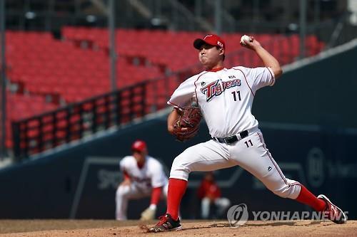 (LEAD) Baseball pitcher voluntarily reports match-fixing scheme