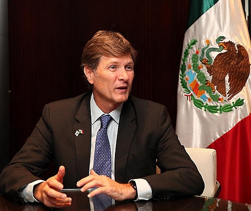 (LEAD) (Yonhap Interview) Mexico's tourism minister stresses connectivity to spur travel