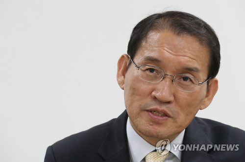 (LEAD) (Yonhap Interview) S. Korea to consider probing N.K. human rights abuses in third countries: agency chief