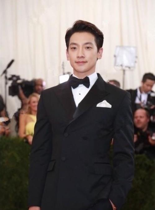 Singer Rain to attend UK Fashion Awards 2016