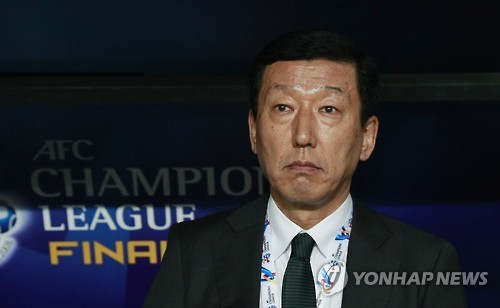 (Yonhap Interview) Coach of Asian football champs eyes more signings