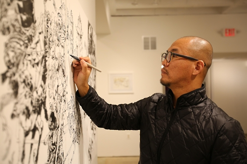 (Yonhap Interview) Artist Kim Jung-gi takes live drawing to whole different level
