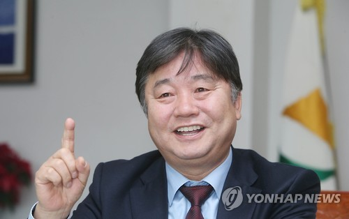 (Yonhap Interview) County chief wants to make fishing festival an extended-stay event