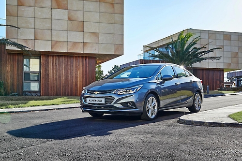 (LEAD) GM Korea unveils all new Chevrolet Cruze