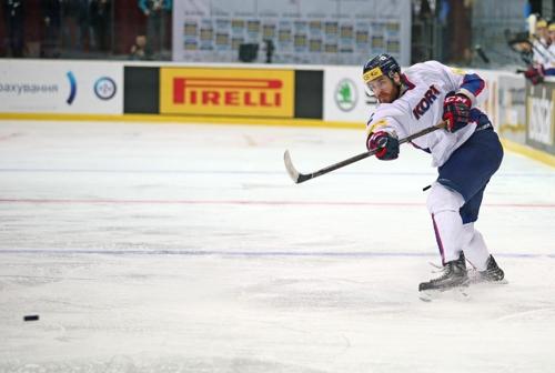 (LEAD) S. Korea stuns Kazakhstan for 2nd straight win at men's hockey worlds