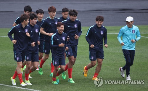 (U20 World Cup) S. Korean coach to rest Barcelona prospects vs. England