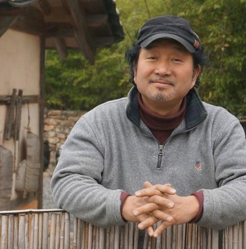 (Yonhap Interview) Art is borderless: North Korean art collector