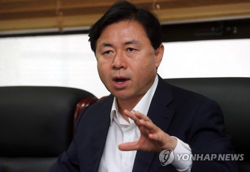 (Yonhap Interview) S. Korea in talks with Taiwan on fishing license: minister