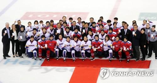S. Korean hockey chief, coach tiptoe around joint Korean team controversy