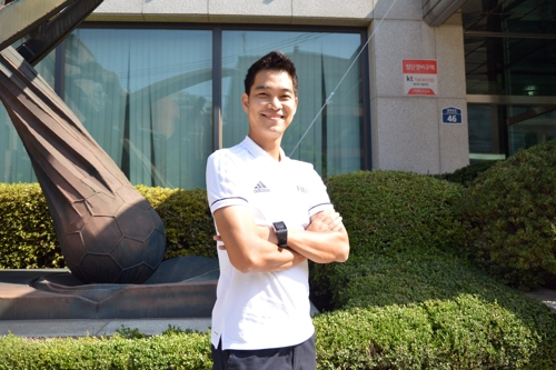 (Yonhap Interview) S. Korean football referee gunning for 2018 World Cup appearance