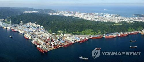 Hyundai Heavy shipyards ask employees to take leave to cope with drop in work