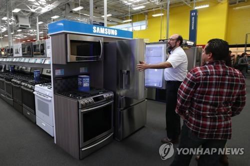 (LEAD) Samsung retains No. 1 market share in U.S. home appliance market in 2017