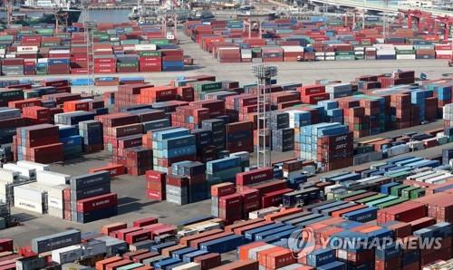 韓国の輸出額 最短で年間5千億ドル突破