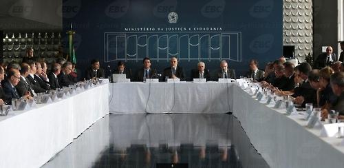 브라질 대통령, 교도소 폭동 대응 '조직범죄와 전쟁' 선포