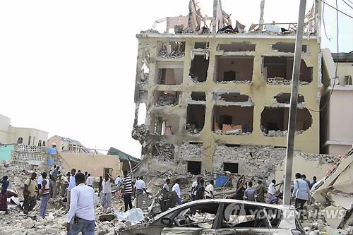 소말리아 자폭 테러로 35명 사망…새 대통령 선출 후 처음