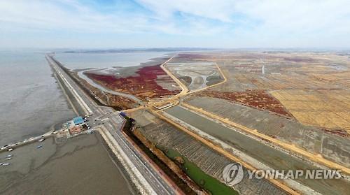 """""""수원 군공항 이전땐 화옹지구 소·말·경관농업 타격"""""""