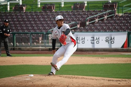 kt, 美마이너팀 10-0 격파…주권 2이닝 3K 무실점