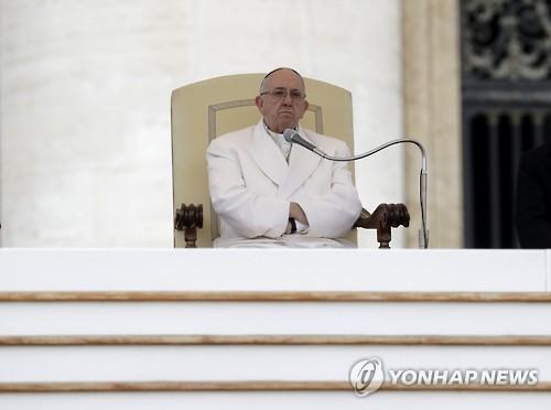 """교황의 돌직구…""""위선적인 신자보다는 무신론자가 낫다"""""""