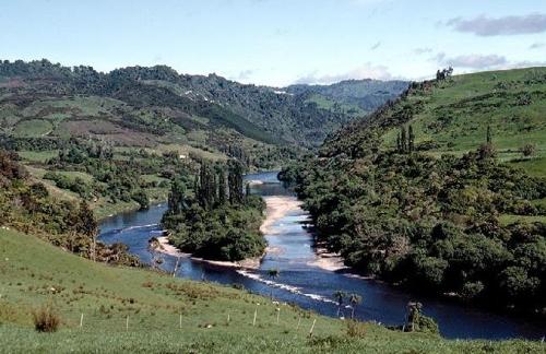 뉴질랜드, 강에 세계 첫 '인간 지위'…원주민, 보존싸움 승리