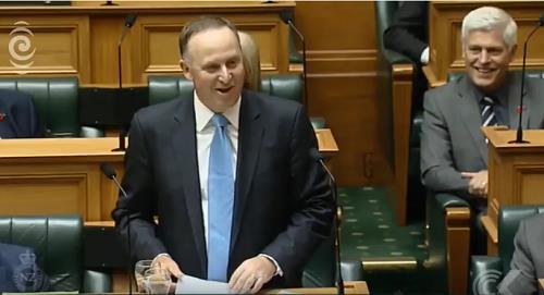 '아내 배려 깜짝 사퇴' 존 키 뉴질랜드 전 총리, 정계 은퇴