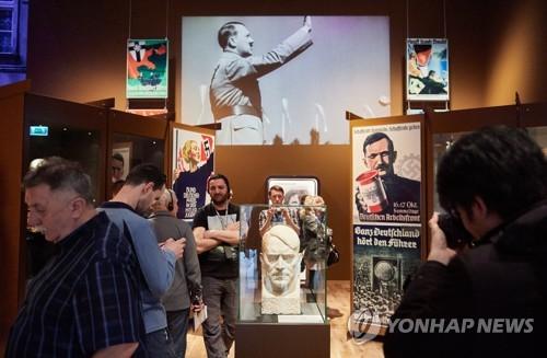 폴란드서 우파정부 '입맛' 안 맞는 2차대전 박물관 개장 논란