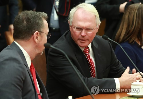 """힐 前 주한미대사 """"좋은 대북군사옵션 없다…미중관계 강화해야"""""""