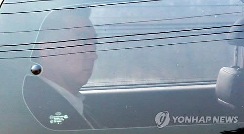 """'만기출소' BBK 김경준 출국요청…""""진상규명 원한다""""(종합2보)"""