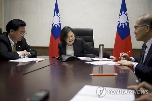 대만국민 독립 지지율 23.4%…10년만에 최저치 추락