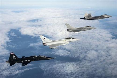 F-35A 스텔스기, 러시아 '가상 적기' 상대로 첫 모의 공중전