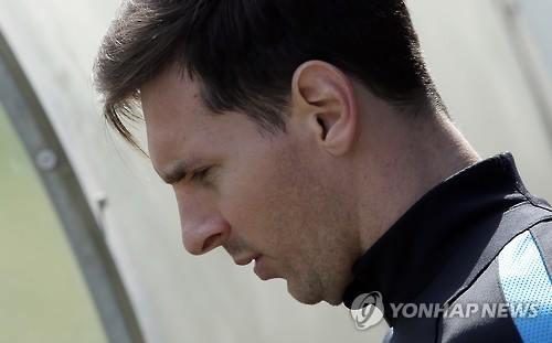 FIFA, '심판 모욕' 메시에 월드컵예선 4경기 출전금지(종합)