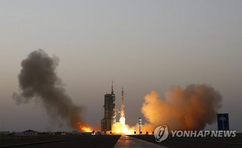 """""""中, 美 항법위성·정보망 파괴용 우주 레이저무기 개발 중"""""""