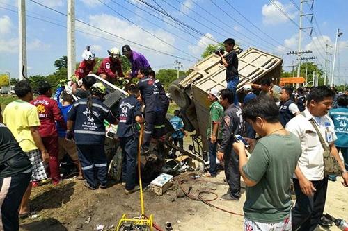 '술에 취한' 태국 최대축제 '송끄란'…교통사고 283명 사망