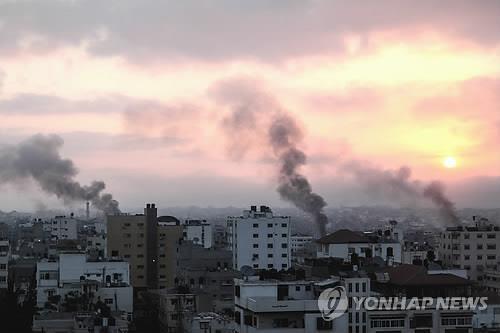 팔' 가자지구 유일 발전소, 연료부족에 가동 중단…전력 대란