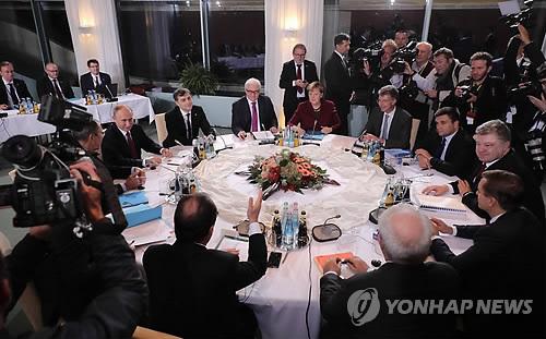 러·獨·佛·우크라 정상 전화회담…우크라 분쟁 해법 논의