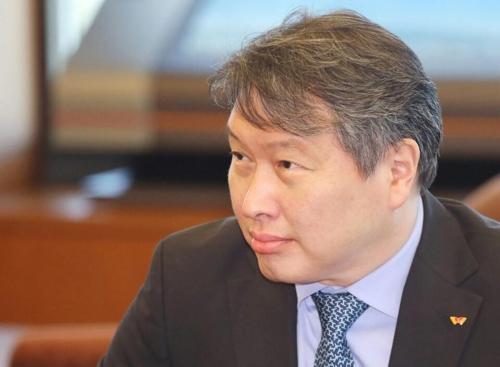 최태원 회장 '출금해제'…이르면 내주부터 글로벌행보