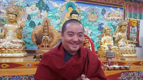 """[인터뷰] 네팔 승려 우르겐 라마 """"부처님 오신 건 인류에 축복"""""""