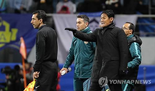 '리그 2무 4패' 장쑤, 최용수 감독 경질 검토