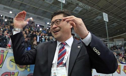 """백지선 감독 """"톱디비전 팀들과 경기, 소중한 경험될 것"""""""