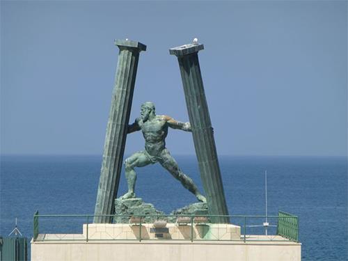 [숨은 역사 2cm] 영국·스페인 분쟁 지브롤터, 고대엔 '지구 끝'